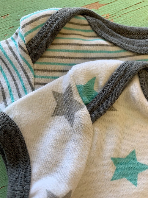 Size 0-3m KIDGETS Matching Stars and Stripes Onesies