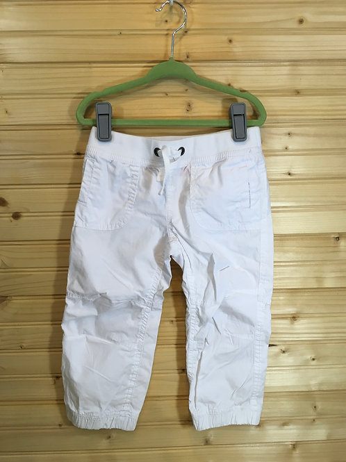 Size 5 Kids JOE BOXER White Capri Pants