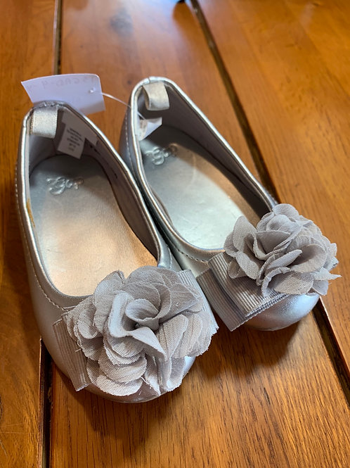 Size 4 Toddler Silver Shoes