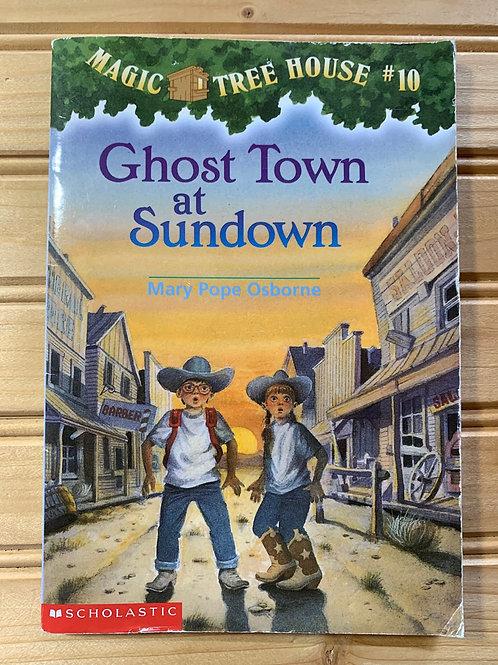 "MAGIC TREE HOUSE Book #10 ""Ghost Town at Sundown"""