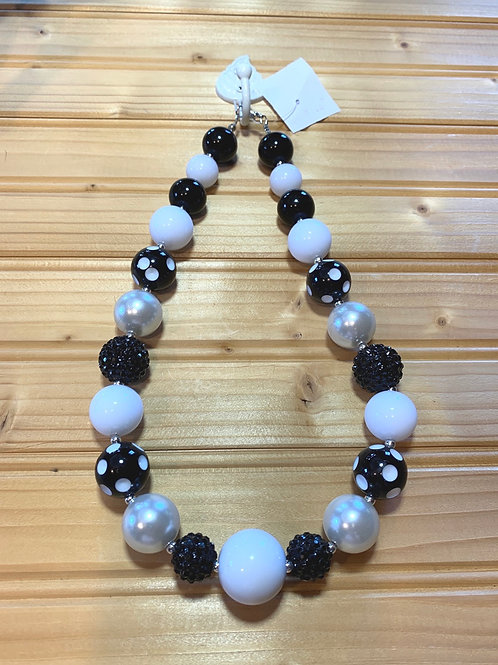 """19"""" Chunky Black n White Necklace"""