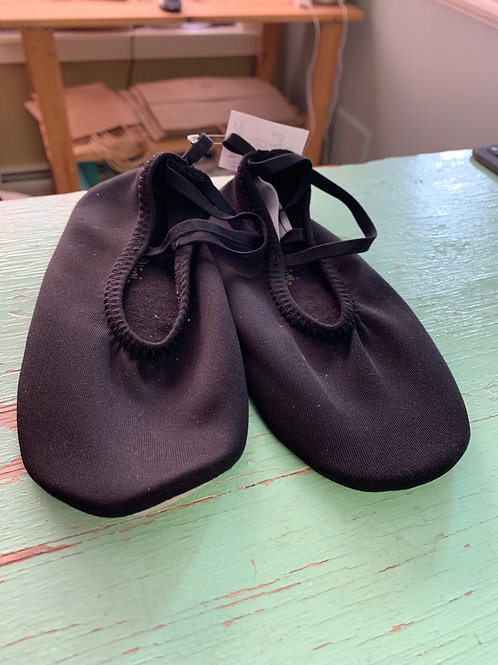 Size 12 Kids Soft Black Dance Shoes