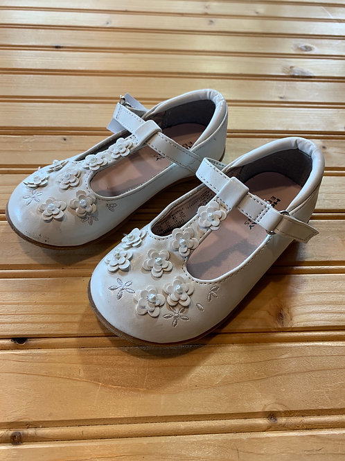 Size 8 Little Kids White Mary Janes