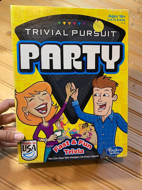 Trivial Pursuit Party Game front