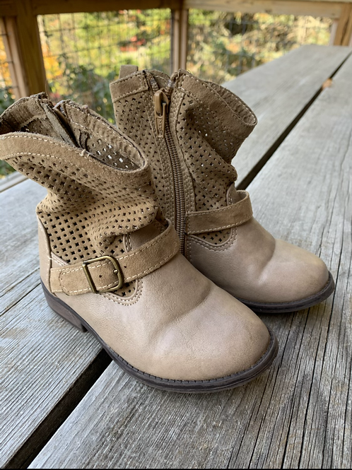 Size 8 Lil Kids CRAZY Tan Boots