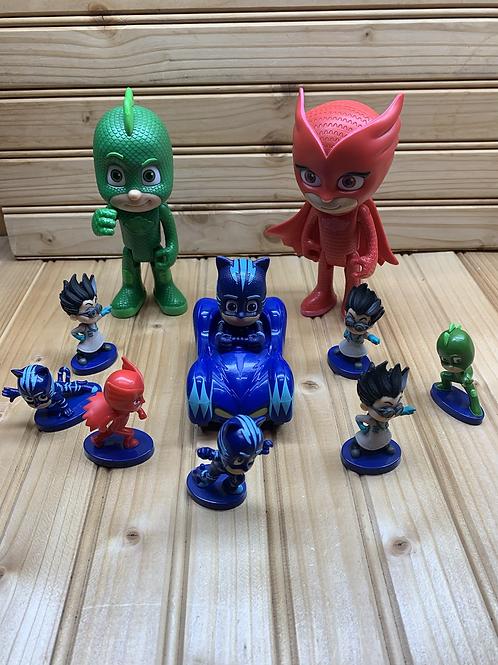 Various PJ MASKS Figurines