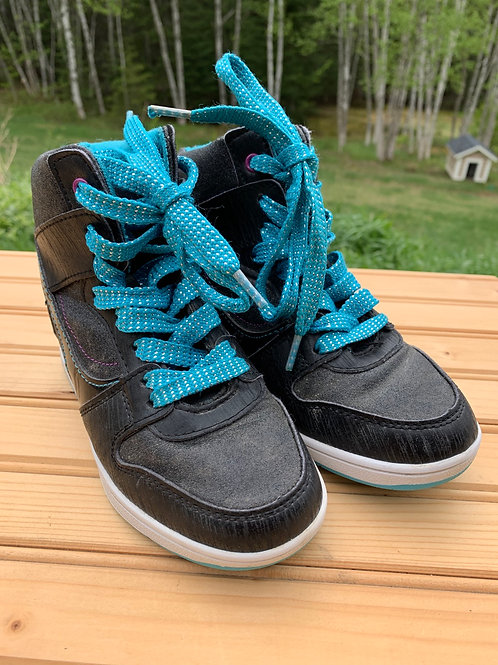 Size 1 Youth High Top Sneakers