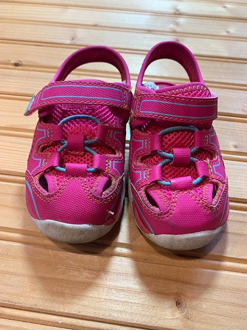 Size 6 Little Kid's Pink Sandals