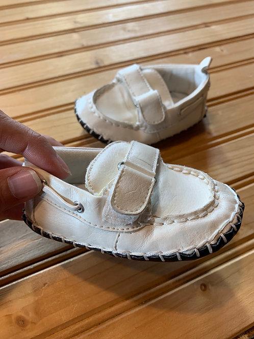 Size 6-12m White Boat Shoe