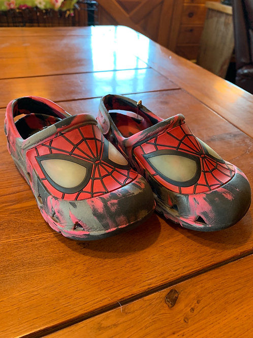 Size 9/10 Toddler Spider-Man Slip on Shoes