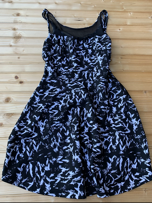 Size S Black and White Dress