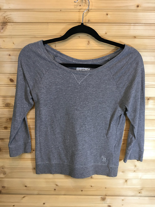 Size Large Youth - ABERCROMBIE & FITCH Grey Scoop Neck Top