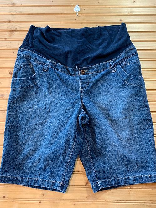 Size XL Maternity Jean Shorts