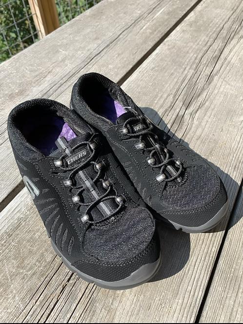 Size 4Y SKECHERS Black Flex Sneakers