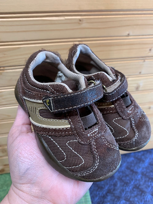 Size 4 Toddler Brown Shoes