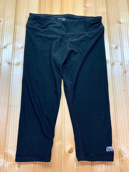 Size 10/12 Black Capris Legging