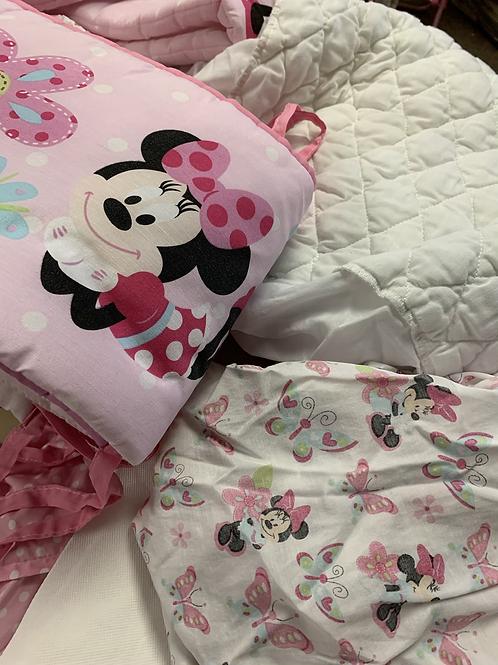 CRIB SET Minnie Mouse Nursery Set, Used