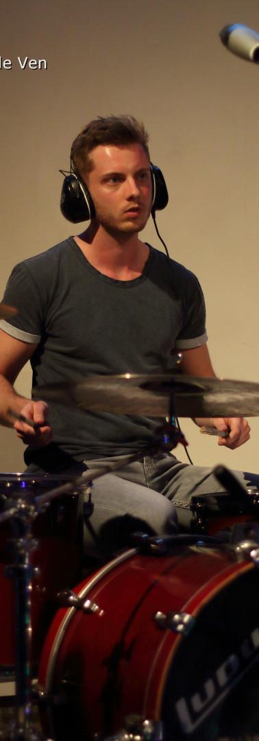 Axley live at In De GLoria