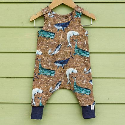 Romper call of the whales, handmade aus Biostoffen, Gesamtansicht
