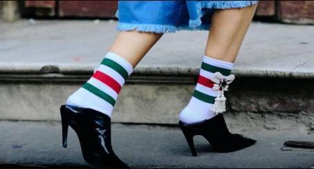 """[襪子電商]這雙襪子去年賣了一億美元,今年它想以""""女神經""""之名征服女神們"""