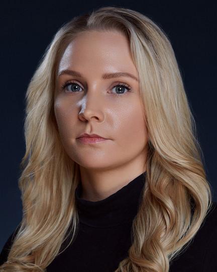 Annika H. Larsen