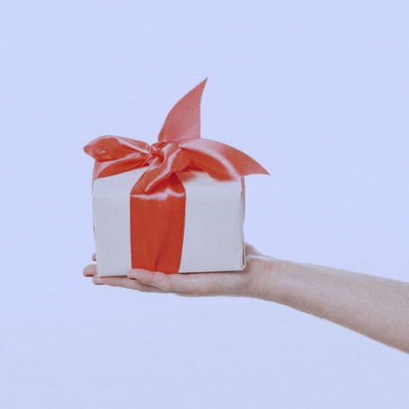 Meaningful Holiday Gift Guide