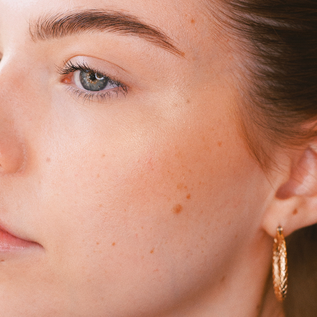 Simple Summer Makeup with Mia
