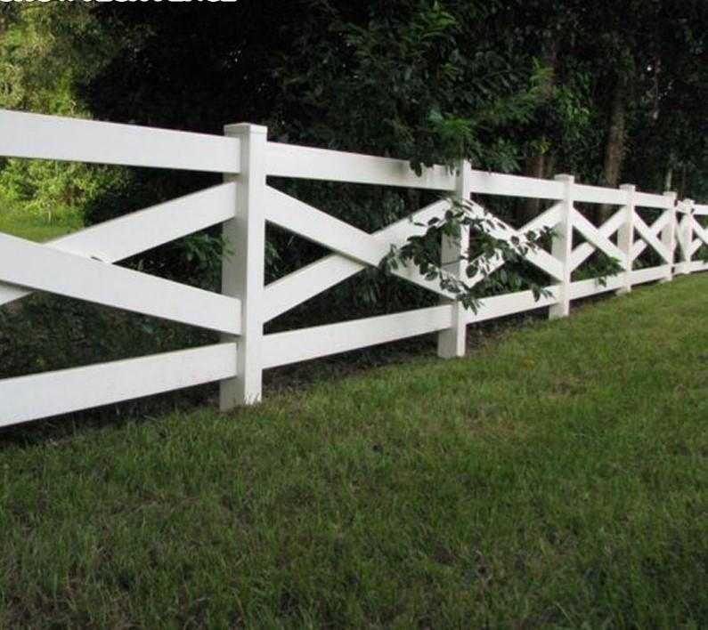 Durable-PVC-rail-fence-horse-fence-panel