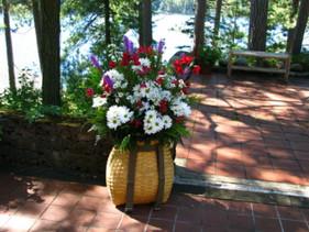 white-daisy-pack-basket.jpg