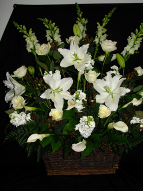 white-lilies-and-roses.jpg