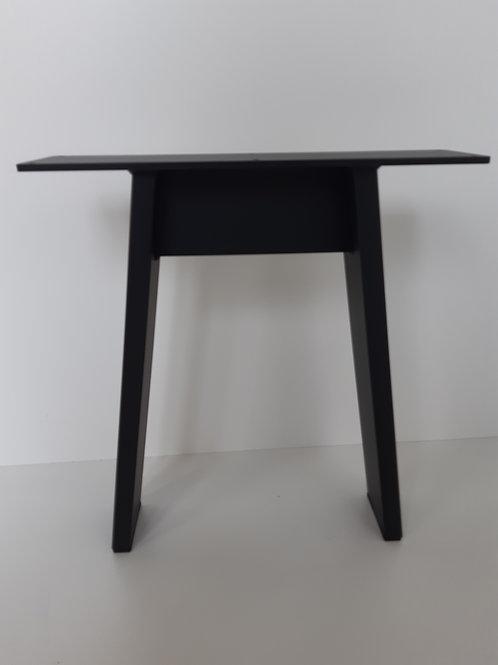 Tischkufe Schwarzstahl A-Form