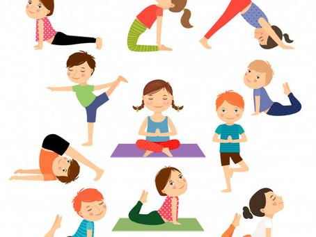Clase de yoga para primer ciclo