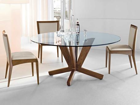 Jak udržet skleněný nábytek lesklý a bez šmouh?