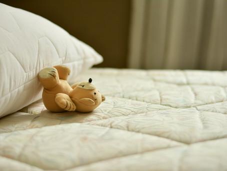 Jak rychle a efektivně vyčistit matraci?