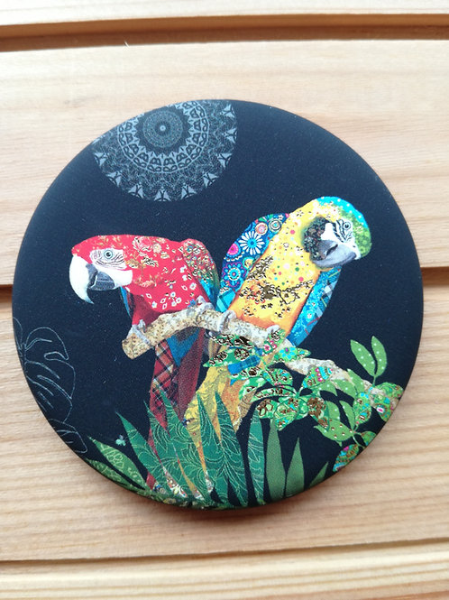 Parrot Round Magnet