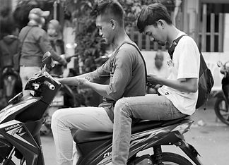 Screens_Vietnam.jpg