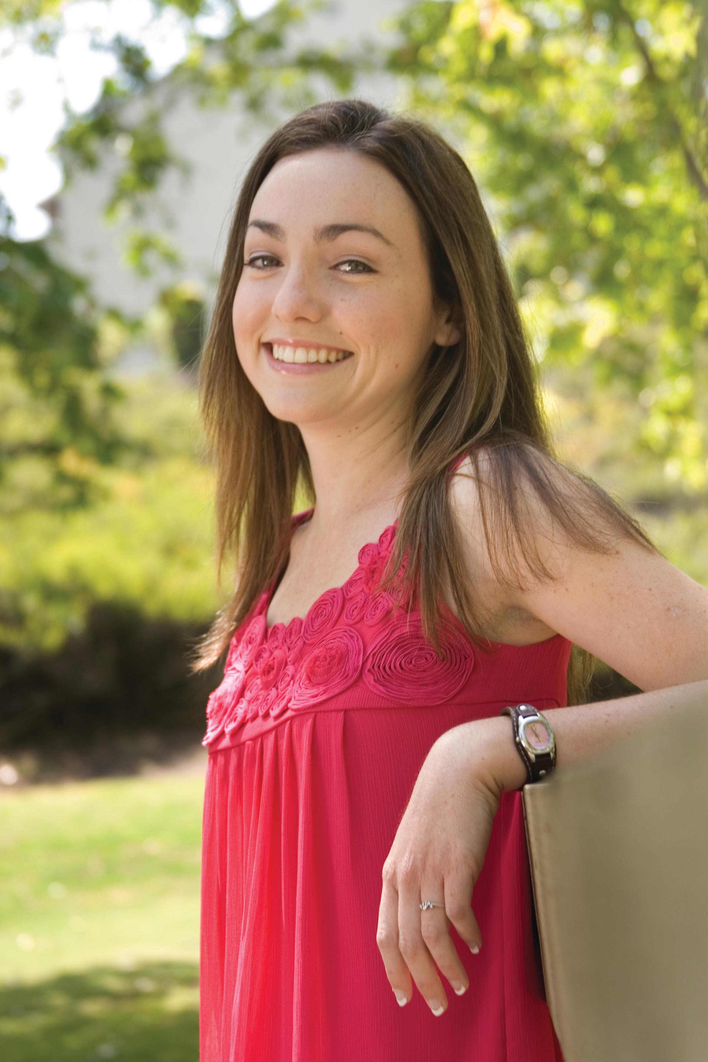 Nicole Grad4
