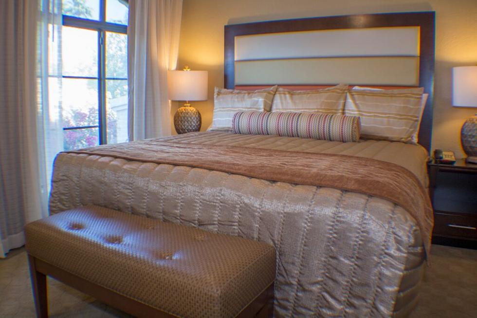 Barcelona Master Bed.png
