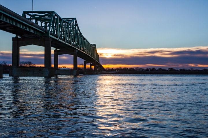 mississ river.jpg