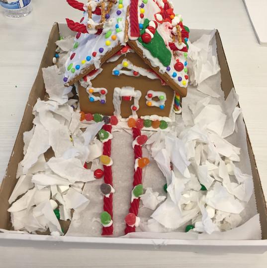 4_Santas First Xmas House Still 6.JPG