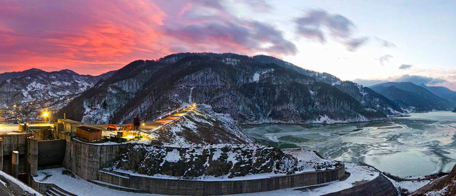 (Muntenia) Lac de barrage Siriu