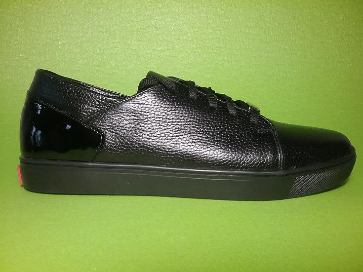 Кросівки шкіра