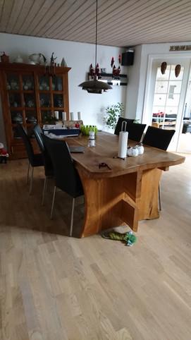 udsnit af et spisebord