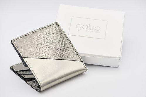 Gabo Szerencses // Y kis pénztárca ezüst-lakk kígyó