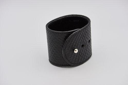 Fekete vastag,bőr karkötő