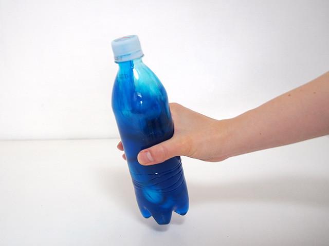ペットボトルで振って染色