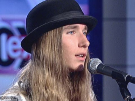 Sawyer Stops by Fox News Studios; Performs Two Songs