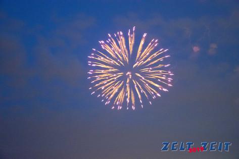 feuerwerk-zeltzeit-ratingen-2019-4.jpg