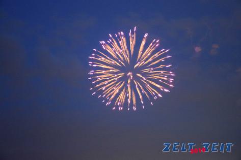 feuerwerk-zeltzeit-ratingen-2019-3.jpg