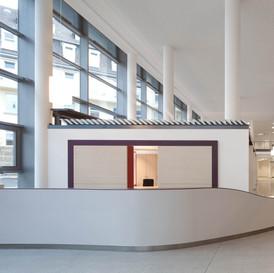 Josef-Hospital-Bochum-Eingangshalle-01